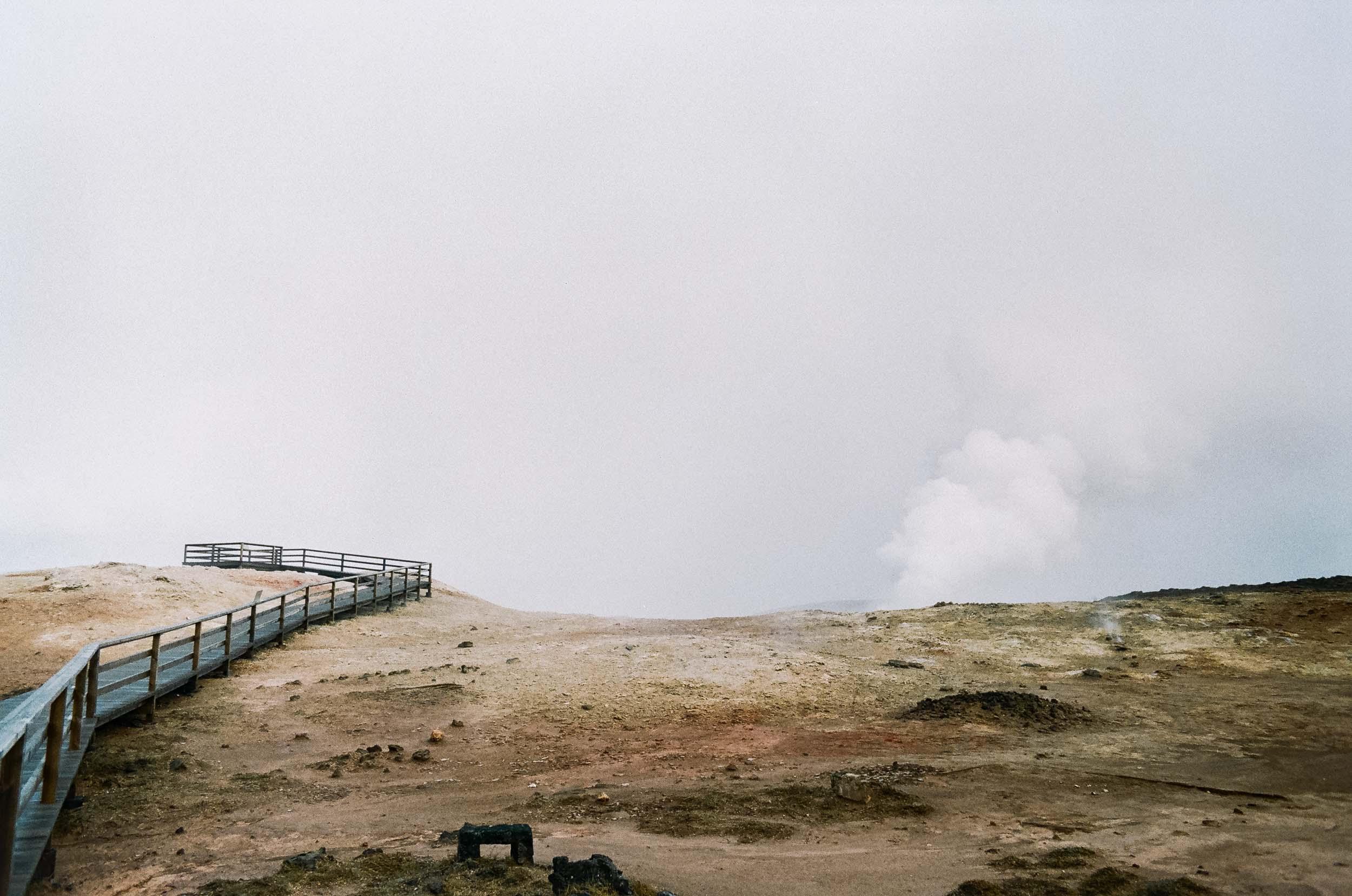 annadosenes-traveldiary-reykjanes4.jpg
