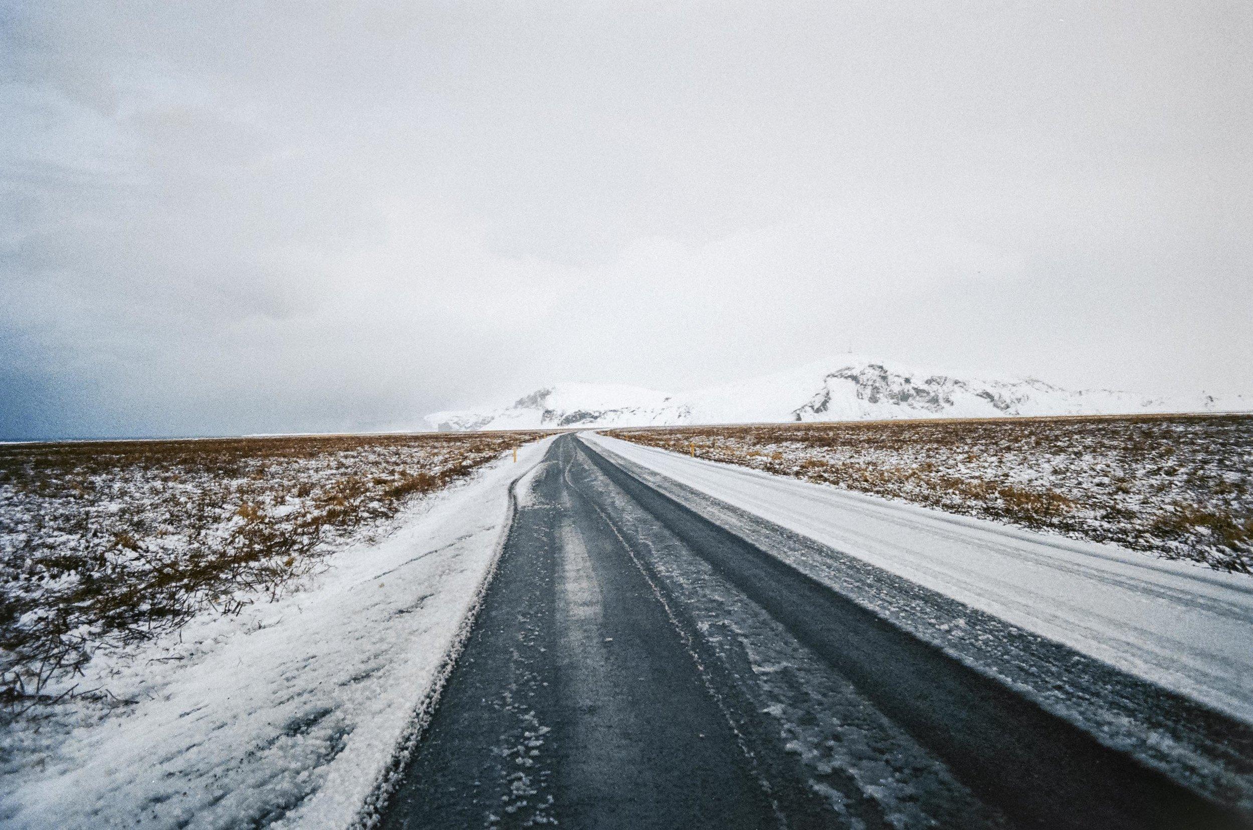 annadosenes-Travel Diary_Jokulsarlon-4.jpg