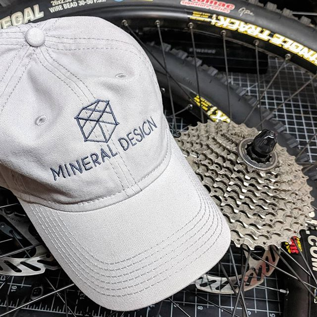 Embroidered Mineral hat so I don't burn my head down at the shore this summer. While looking good at the same time. #grayongray #embroidered