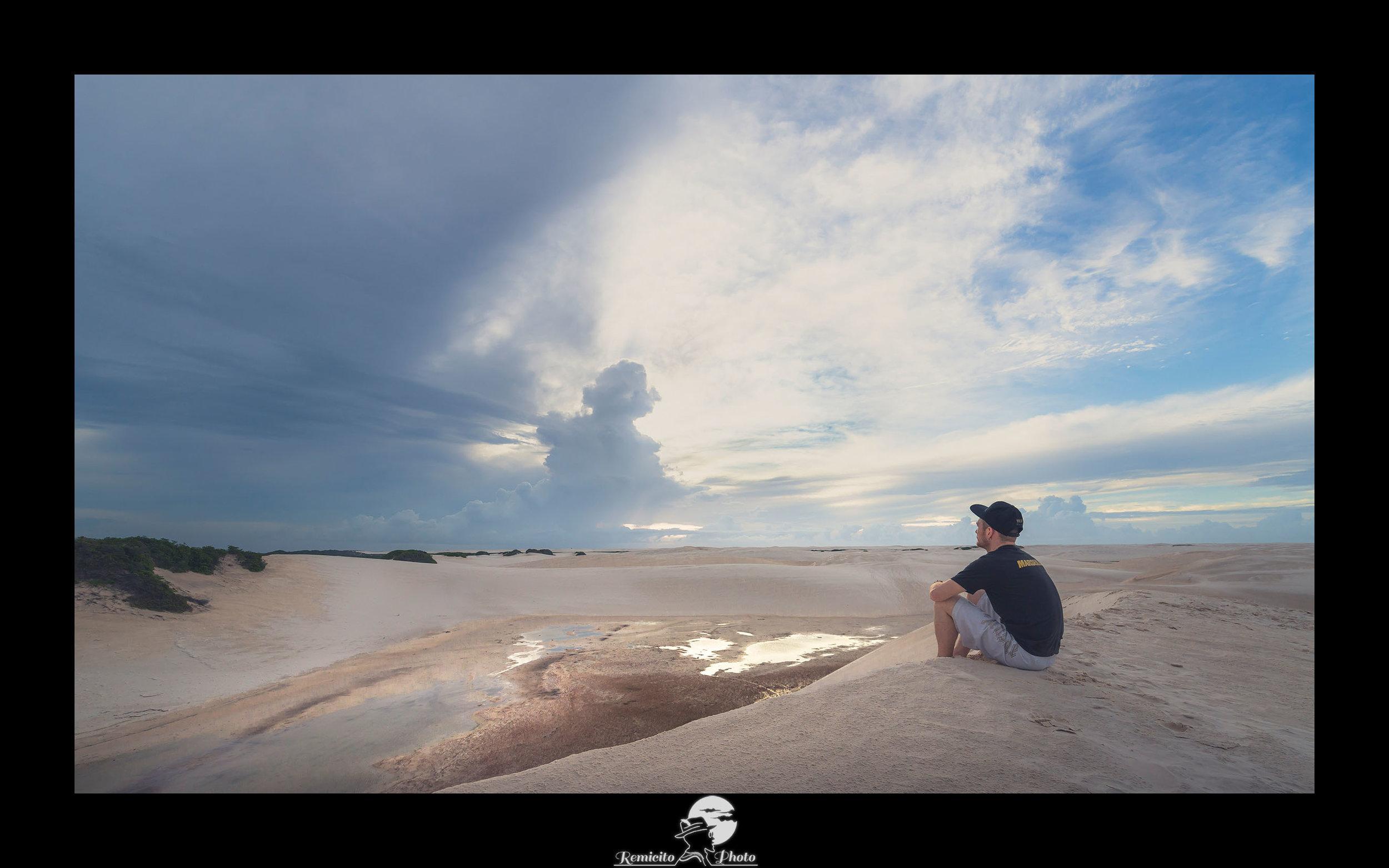 remicito photo, image du jour, photo du jour, photo of the day, idée cadeau, voyage brésil, photo voyage dunes, belle photo désert, contempler l'horizon, regarder vers l'horizon, contemplating the horizon, french photographer, photographe français, landscape photography, photographe de voyage
