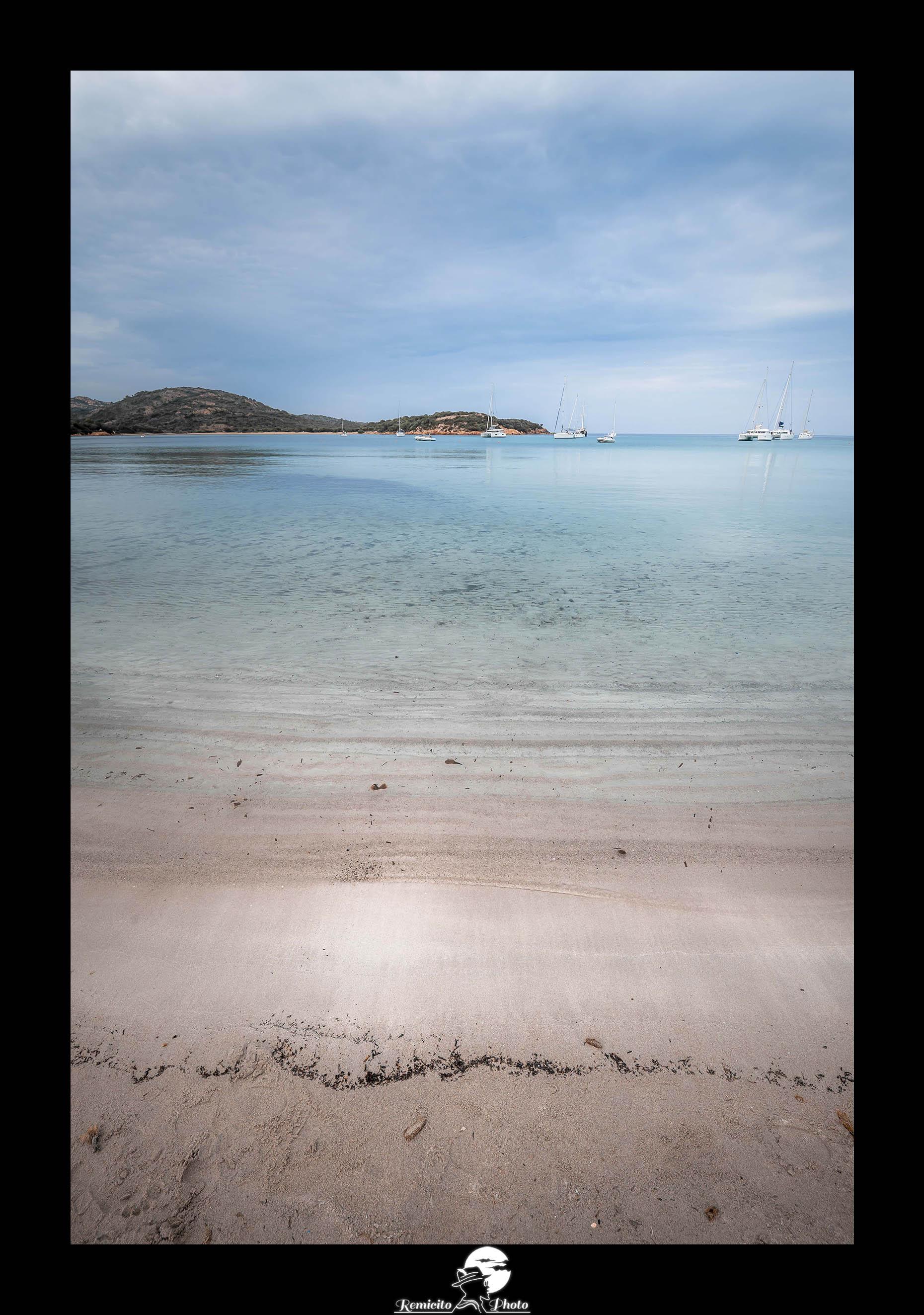 remicito photo, photo du jour, photo of the day, image du jour, photo plage Corse, plage la Rondinara bonifacio, Beach photography, landscape photography, french photographer, photographe français, photo mer bleue, eau turquoise