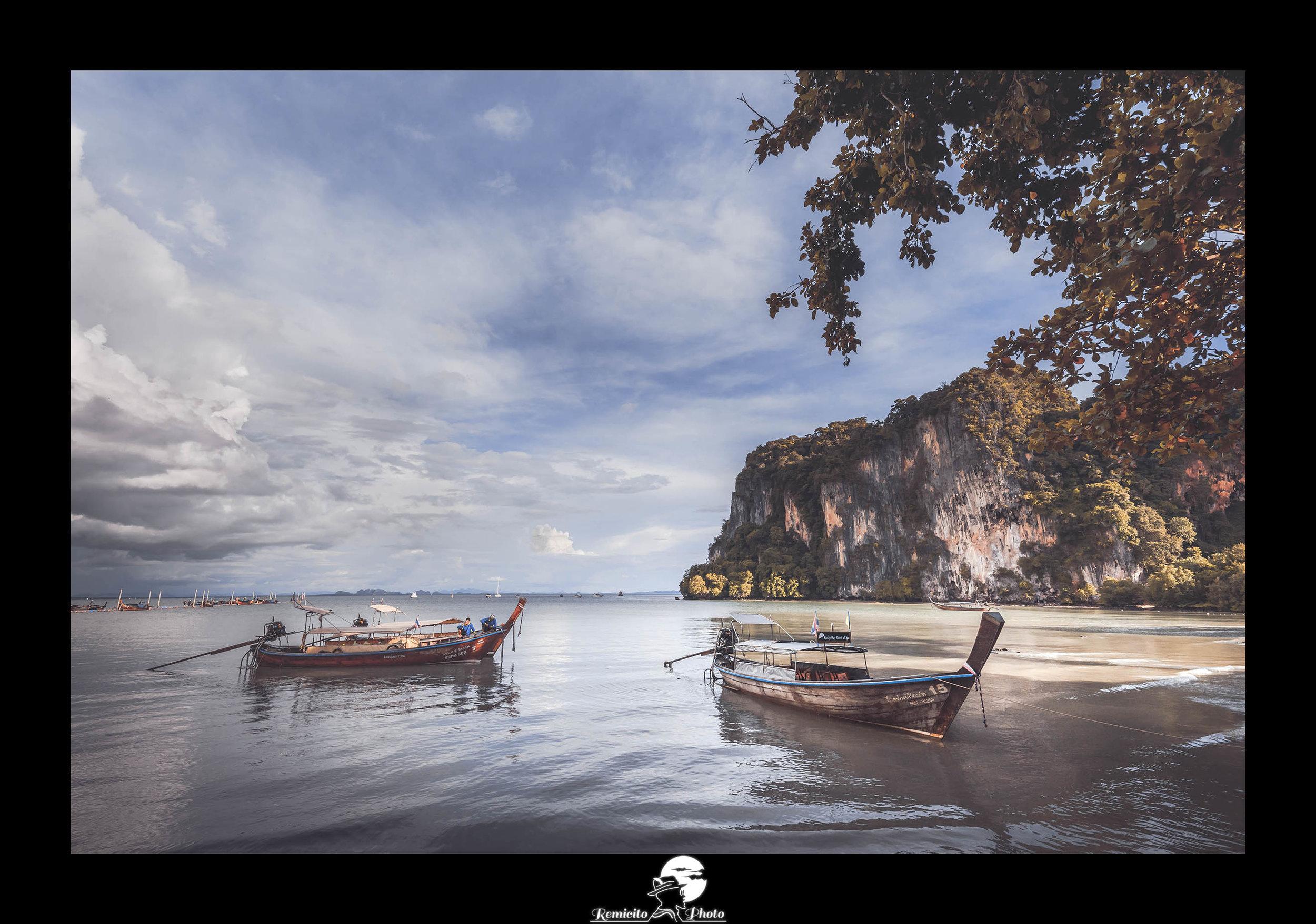remicito photo, image du jour, photo du jour, photo of the day, barque thaïlande, railay beach thailand, belle photo, belle photo bateau, idée déco, idée cadeau
