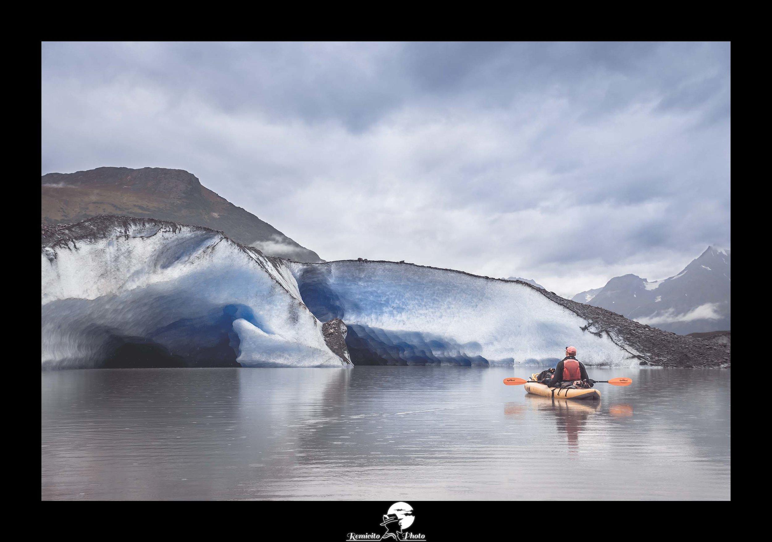 Remicito photo, remicito rémi lacombe photographe de voyage, belle photo alaska glacier valdez, idée cadeau belle photo alaska glace kayak