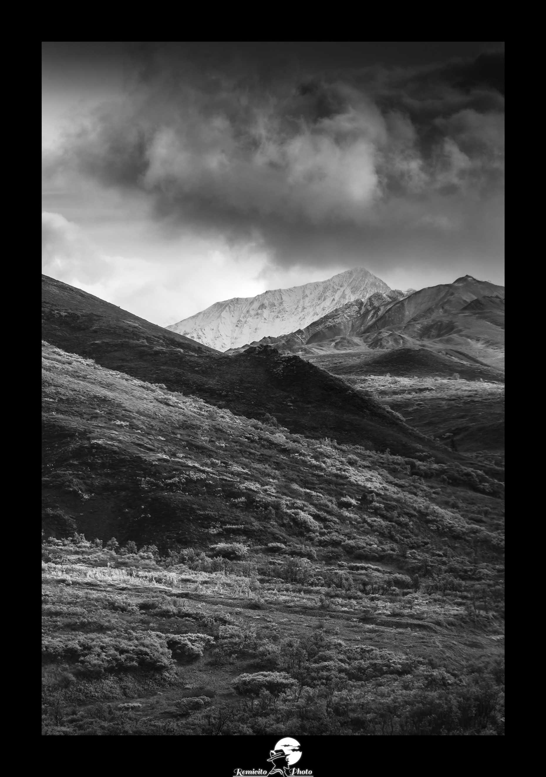 Remicito photo, remicito rémi lacombe photographe paris, belle photo noir et blanc alaska, parc national denali alaska, belle photo montagne noir et blanc