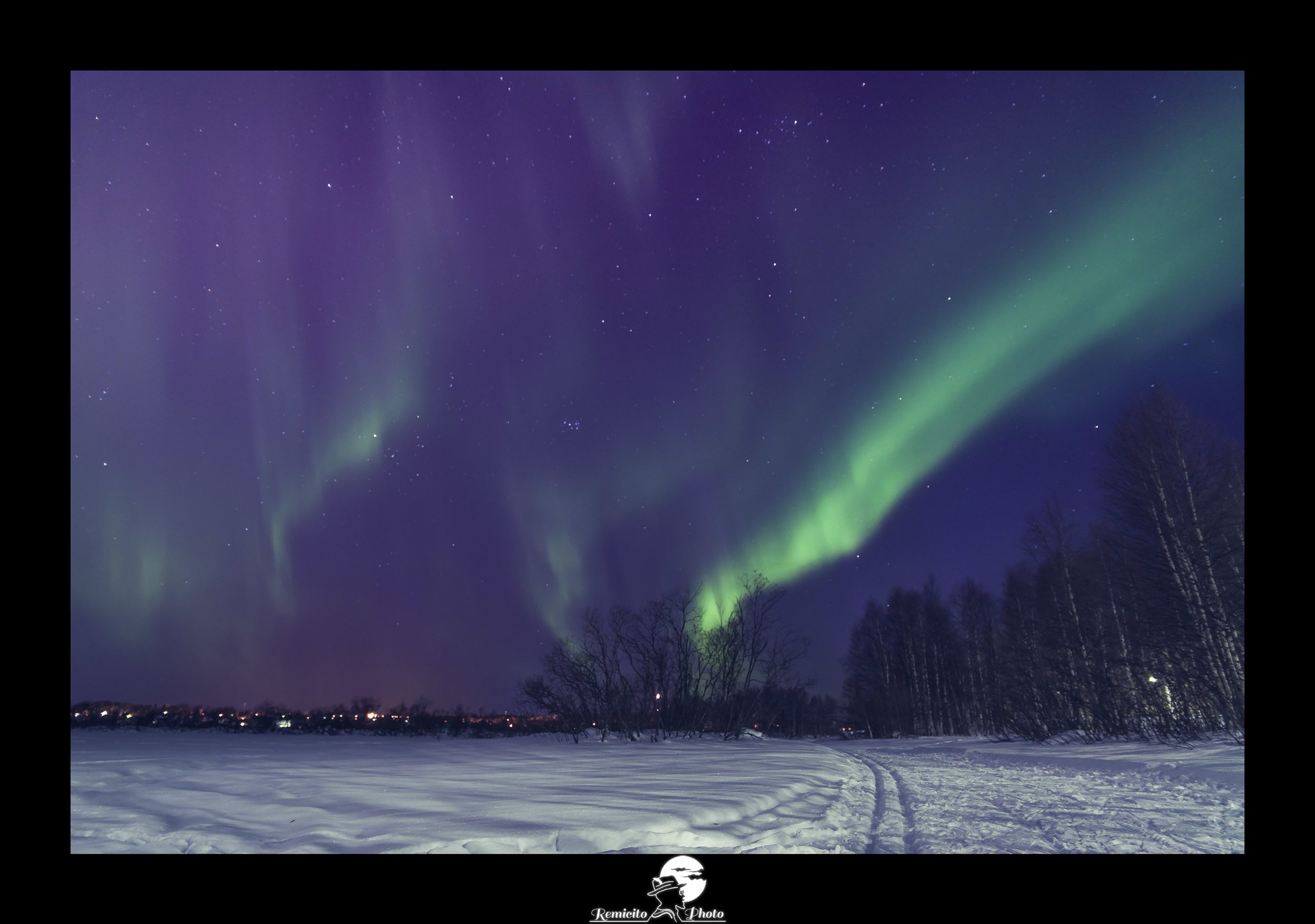 Remicito photo, remicito rémi lacombe photographe paris, belle photo aurores boréales finlande, idée cadeau photo aurores boréales