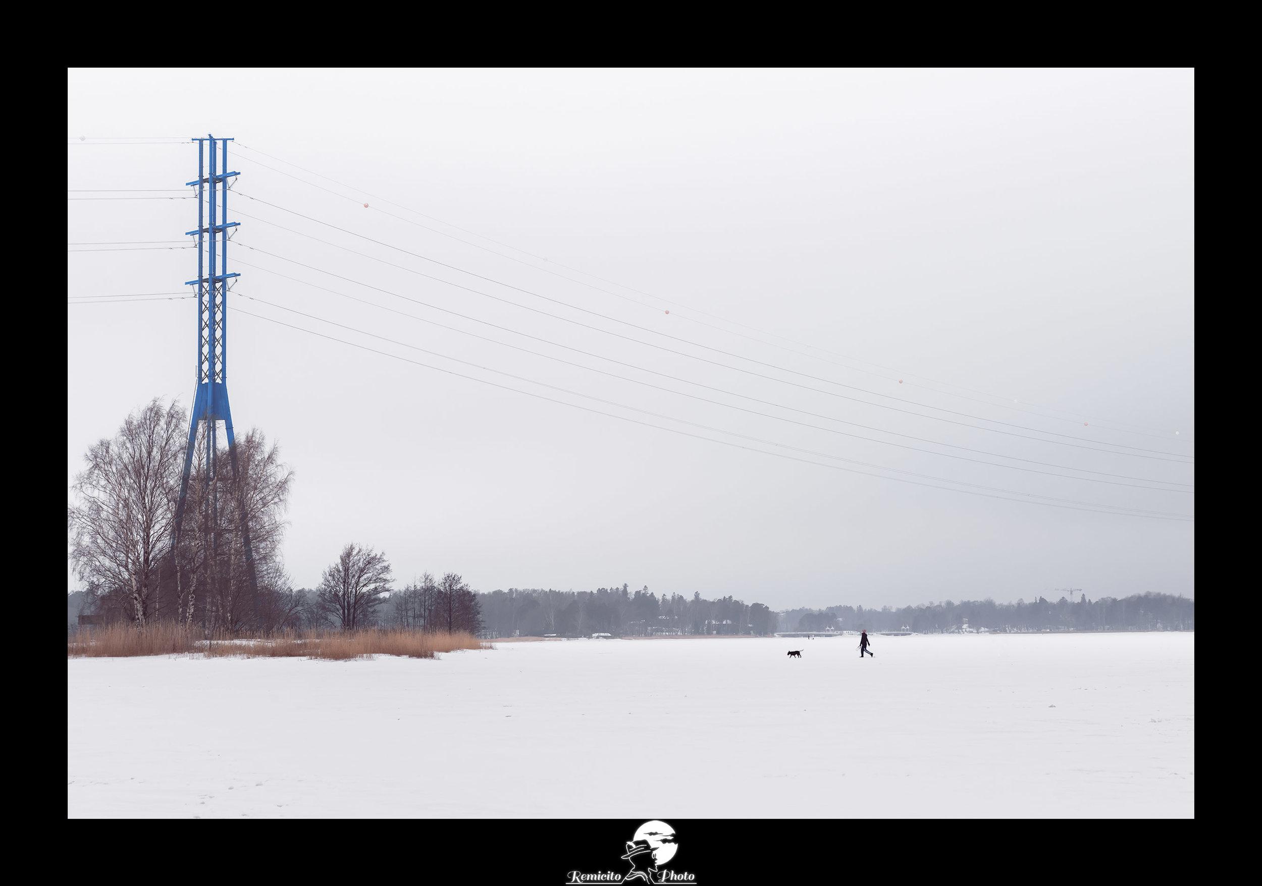 Remicito photo, remicito rémi lacombe photographe paris, belle photo idée cadeau lac gelé, finlande helsinki lac gelé
