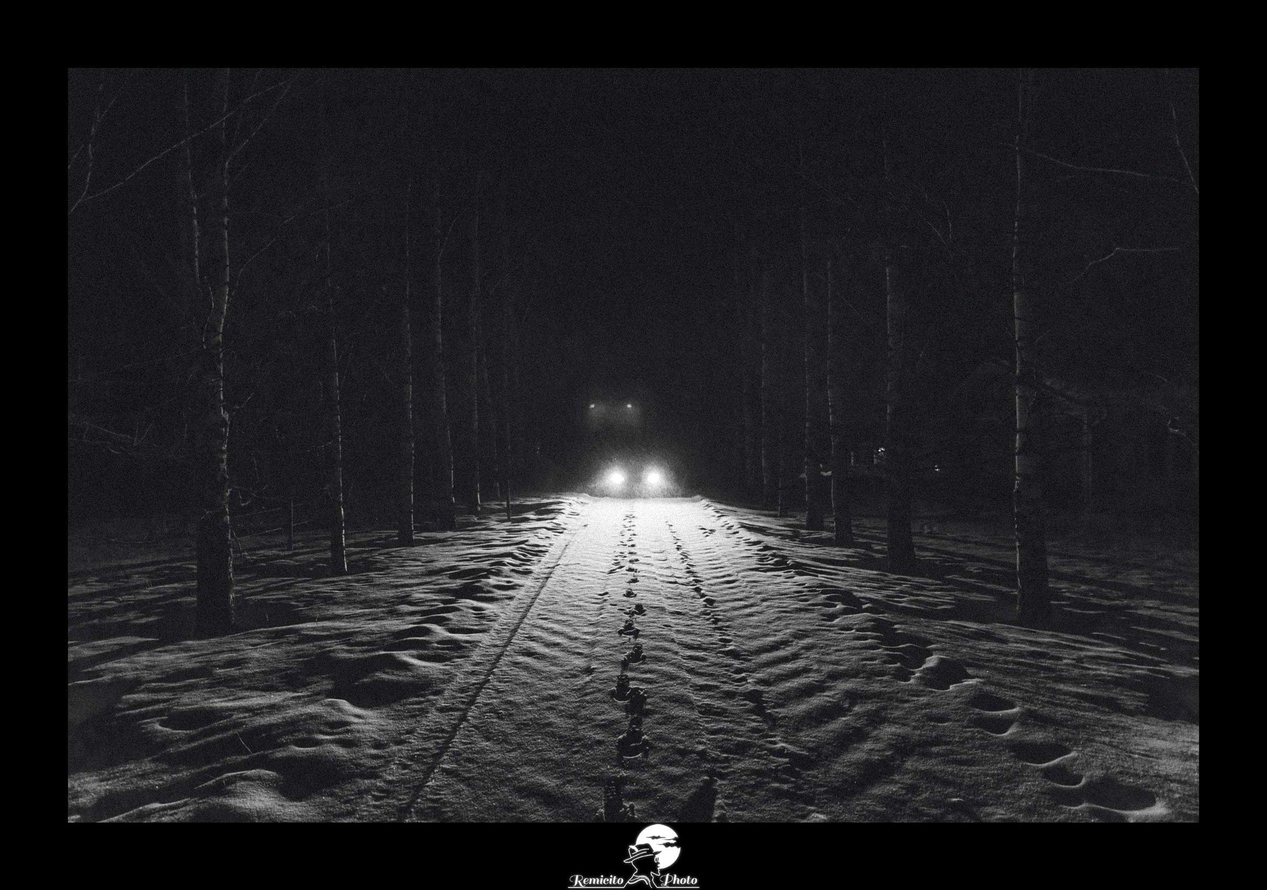 Remicito photo, remicito rémi lacombe photographe paris, photo noir et blanc tempête de neige, belle photo idée cadeau neige, photo finlande noir et blanc neige