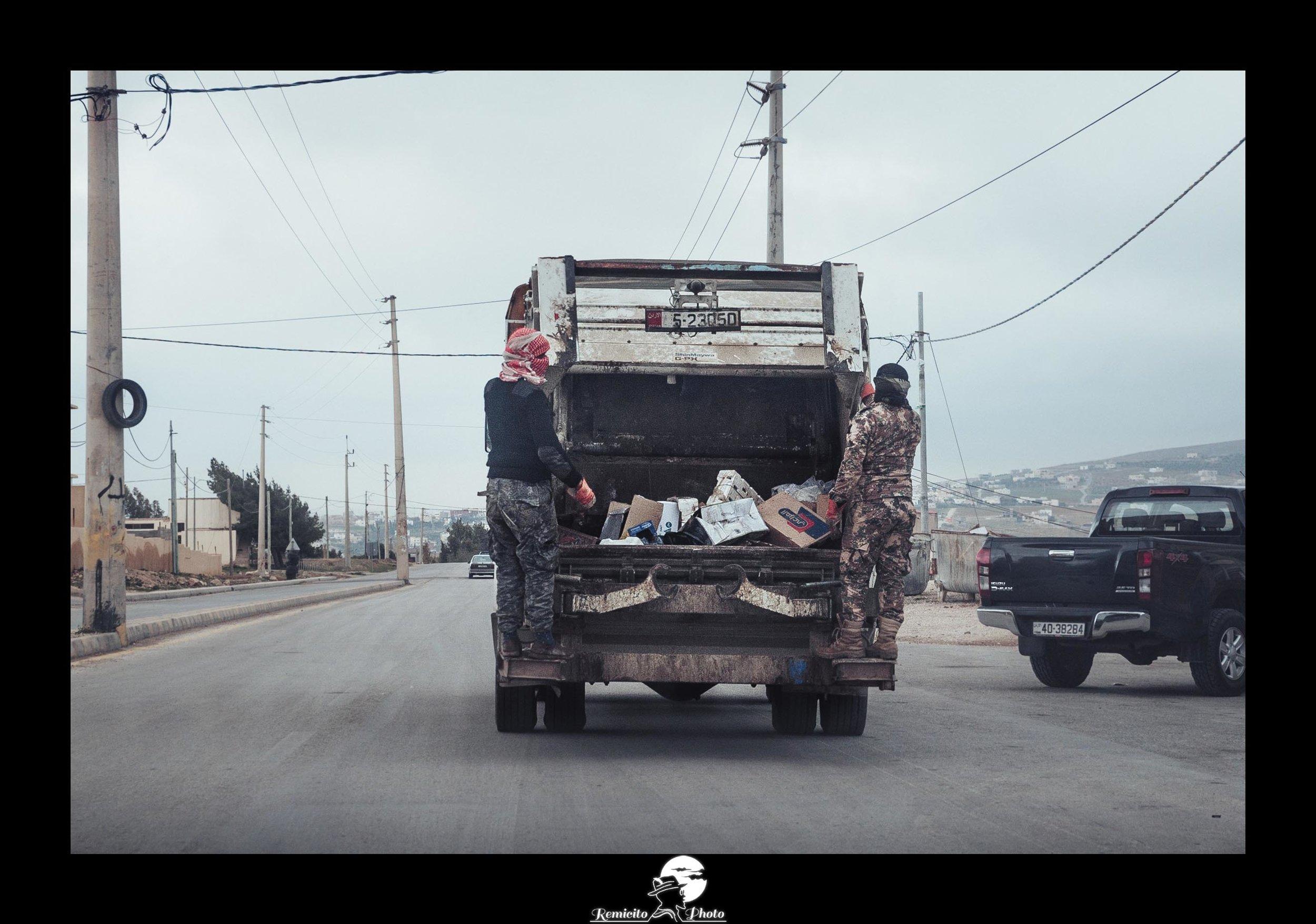 remicito, photoclub paris val-de-bièvre, remicito rémi lacombe, jordanie voyage, camion poubelle éboueurs jordanie