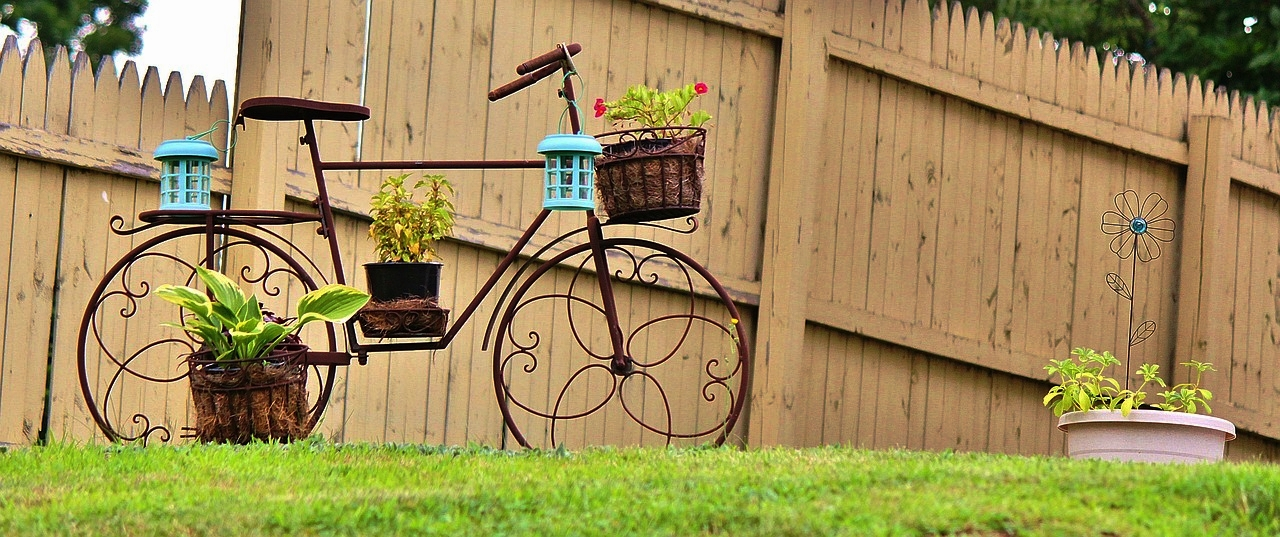How does your garden grow?   We're happy to give you free advice on what flowers or shrubbery would work in your garden.