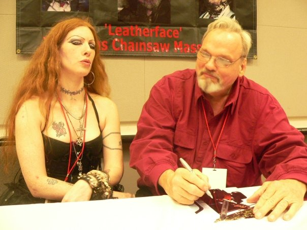 Bill J, Gorey Rae @ Crypticon Seattle 09.jpg