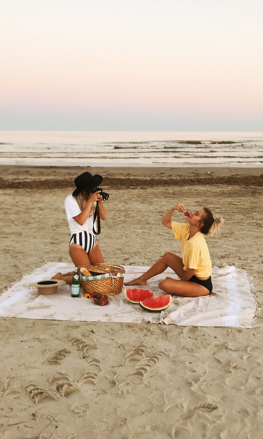 We encourage our brand partners to be flexible about the platform their product is featured on, and really listen to their influencer partner. - Photo courtesy of Tess &Sarah / @tess_and_sarah