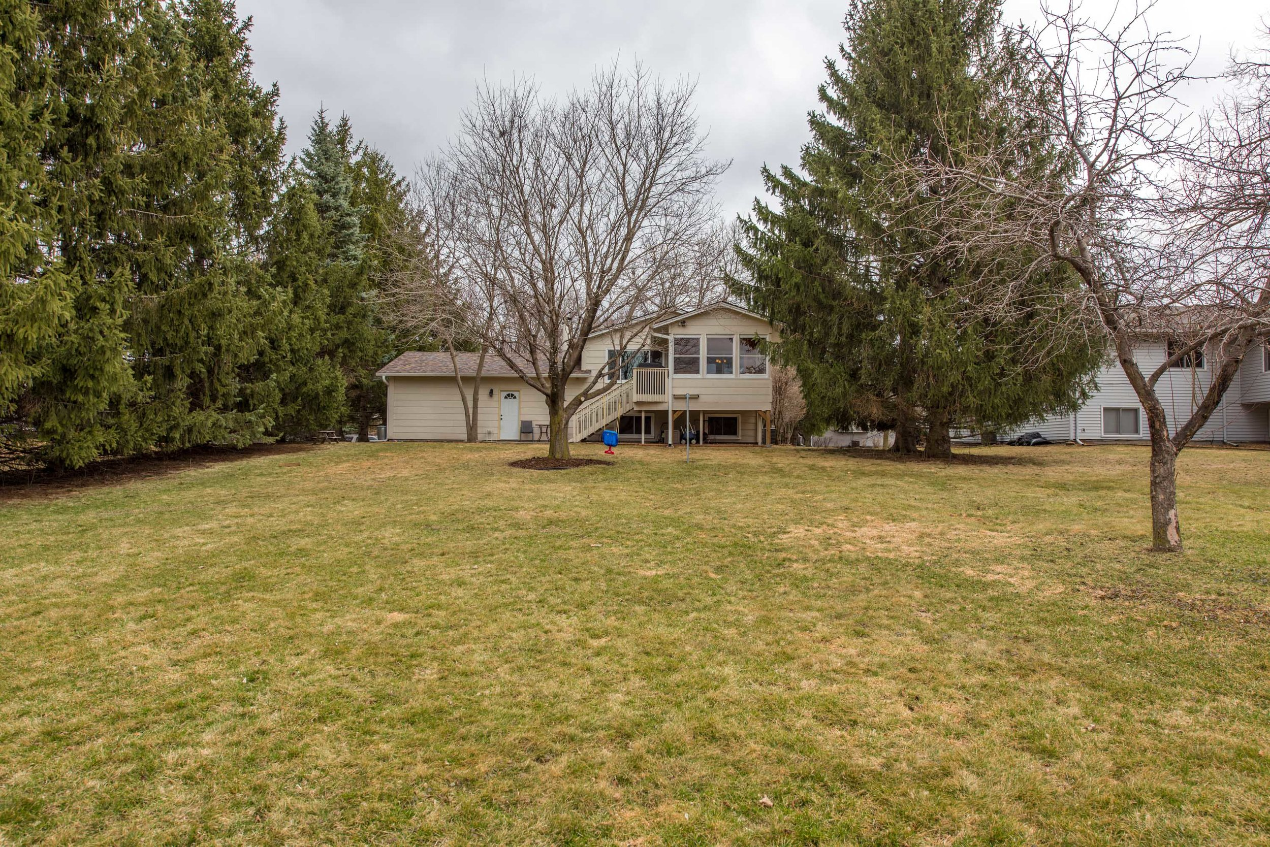 2715 Weston Ln N, Plymouth, MN-10.jpg