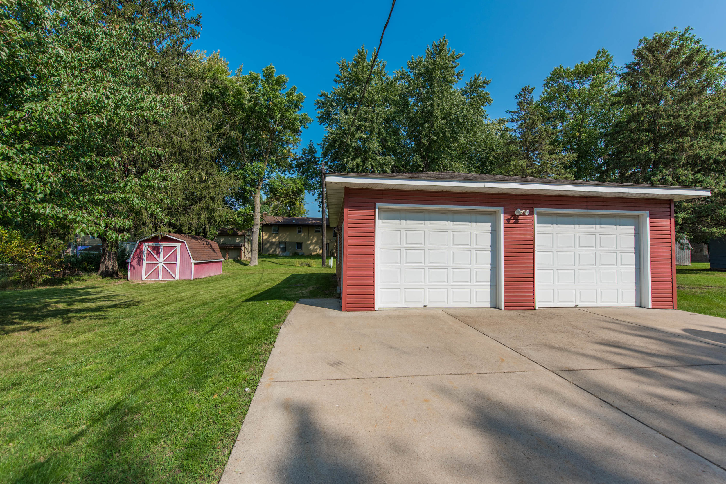 2333 13th Ave E, North St Paul MN-2.jpg
