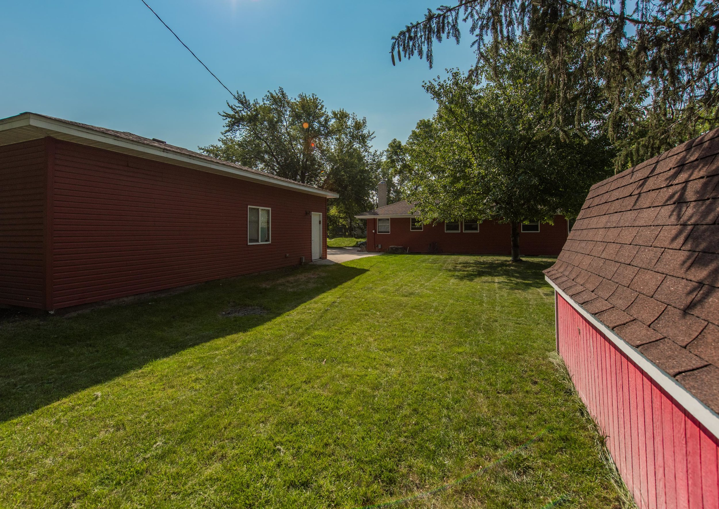 2333 13th Ave E, North St Paul MN-4.jpg