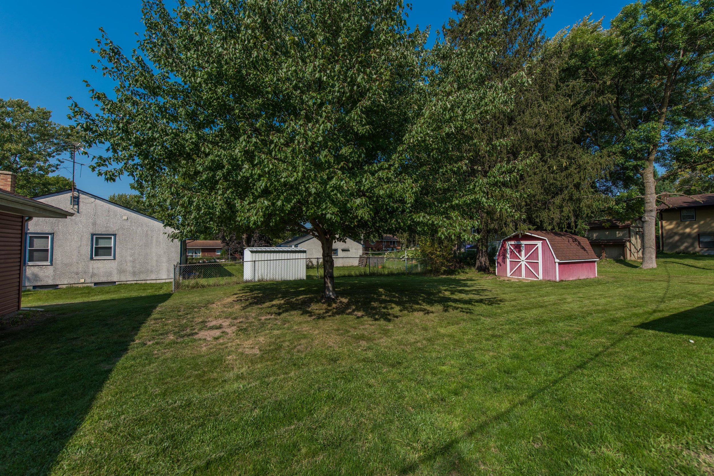 2333 13th Ave E, North St Paul MN-3.jpg