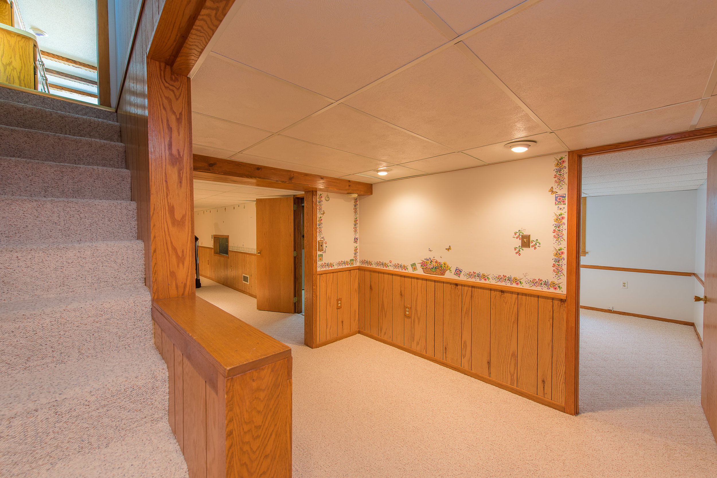 8431 Blaisdell Ave S, Minneapolis MN-20.jpg