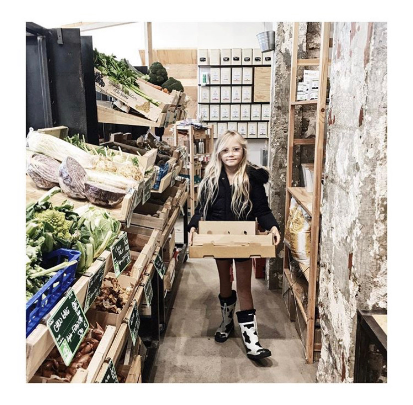 Seeking out bulk food and zero waste shops - in Lyon.