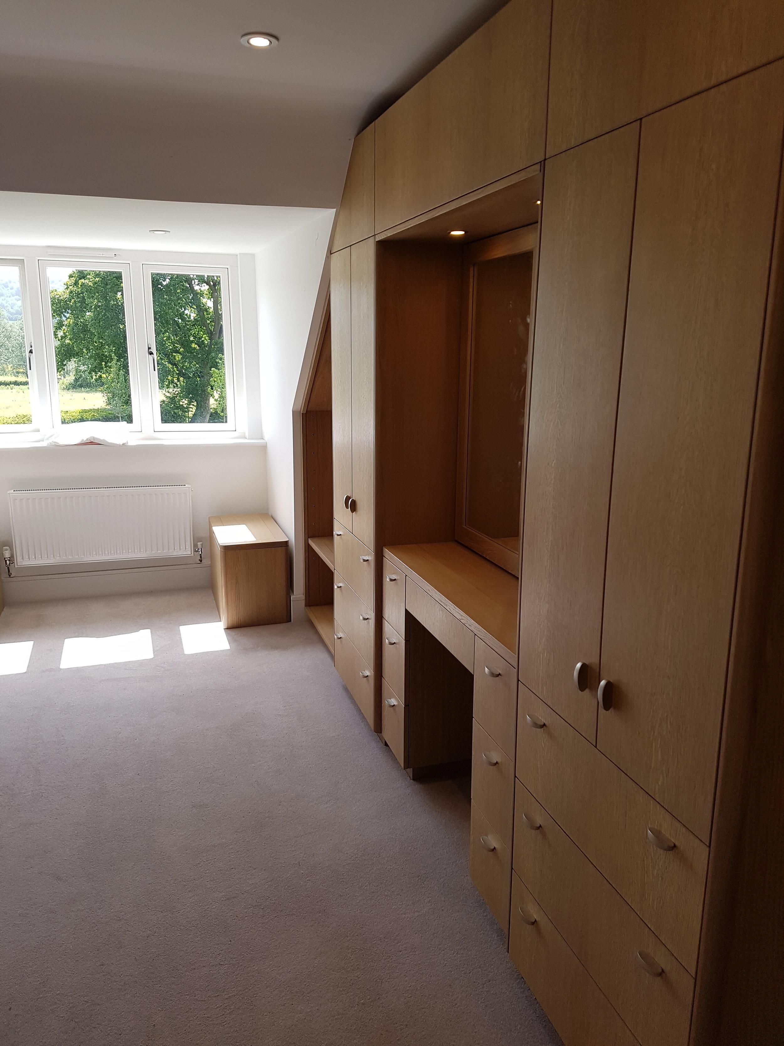 Oak veneered bedroom wardrobe.jpg