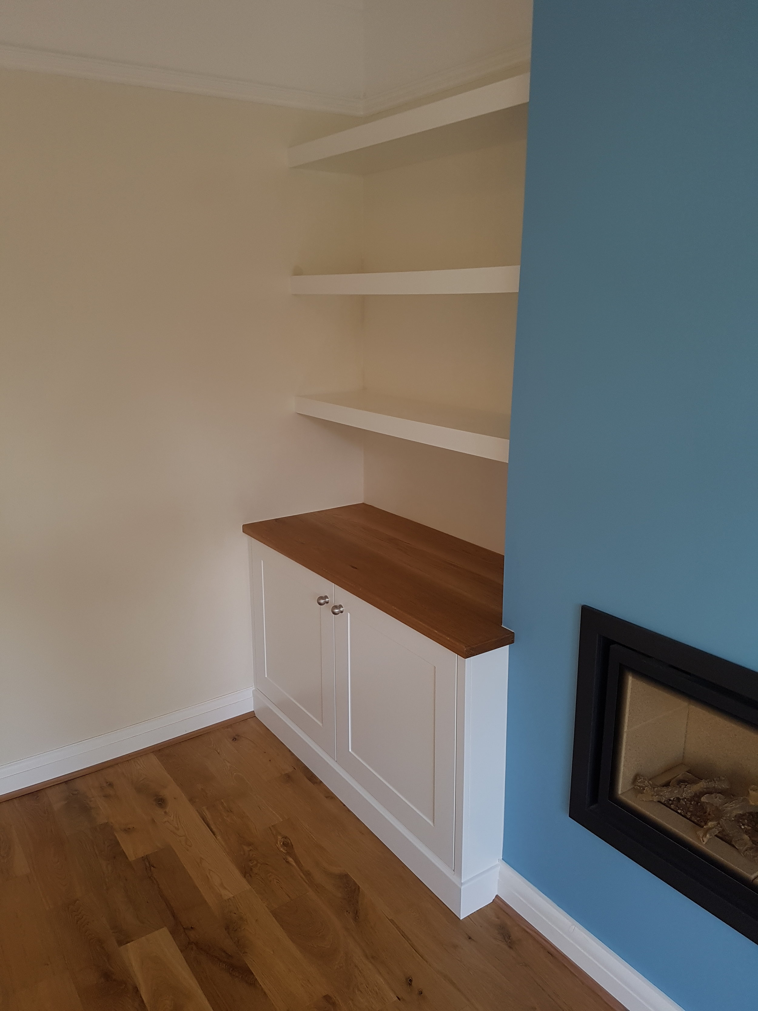Alcove unit with oak top and shelving.jpg