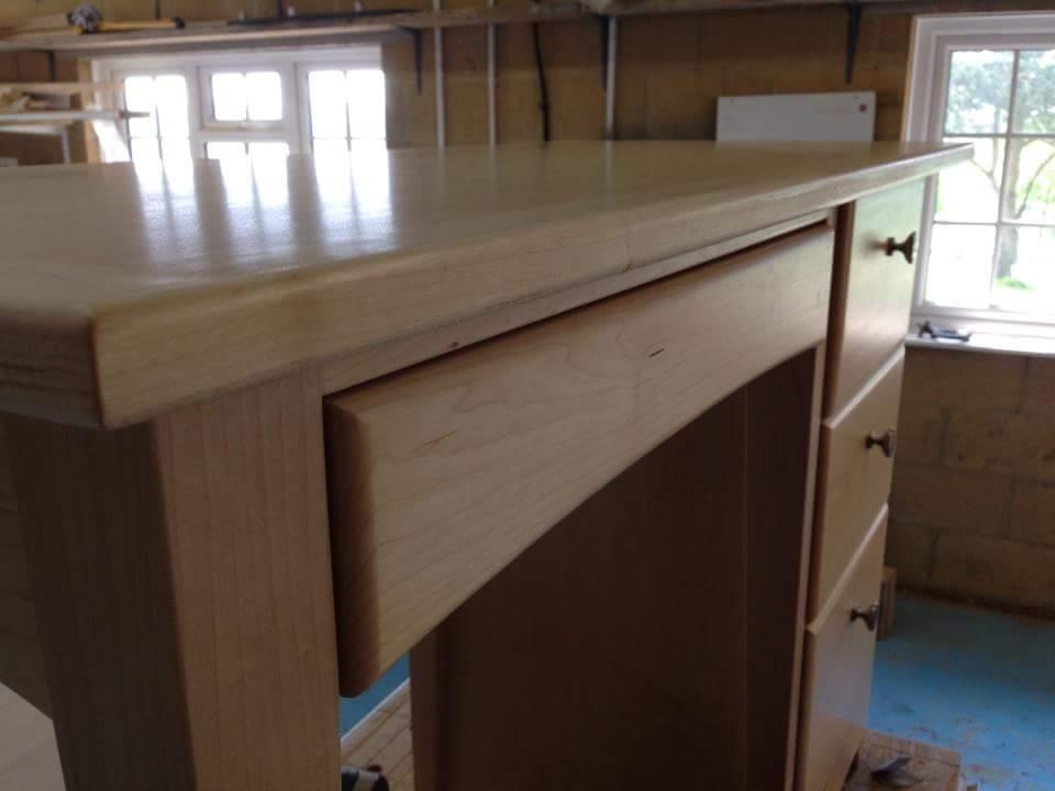 maple dressing table grain.jpg