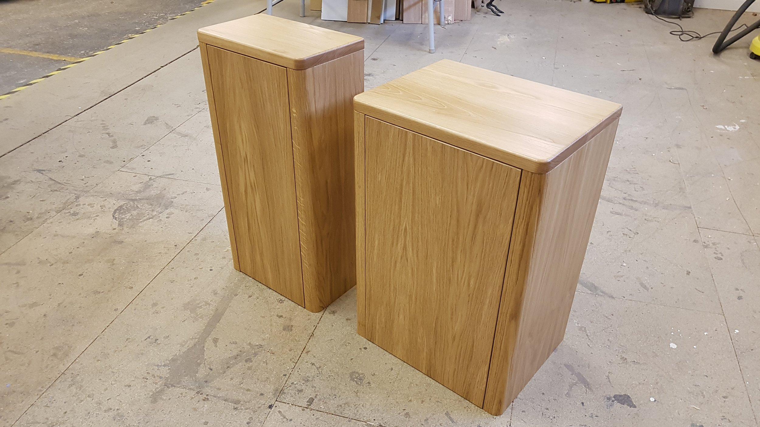 oak vanity units.jpg
