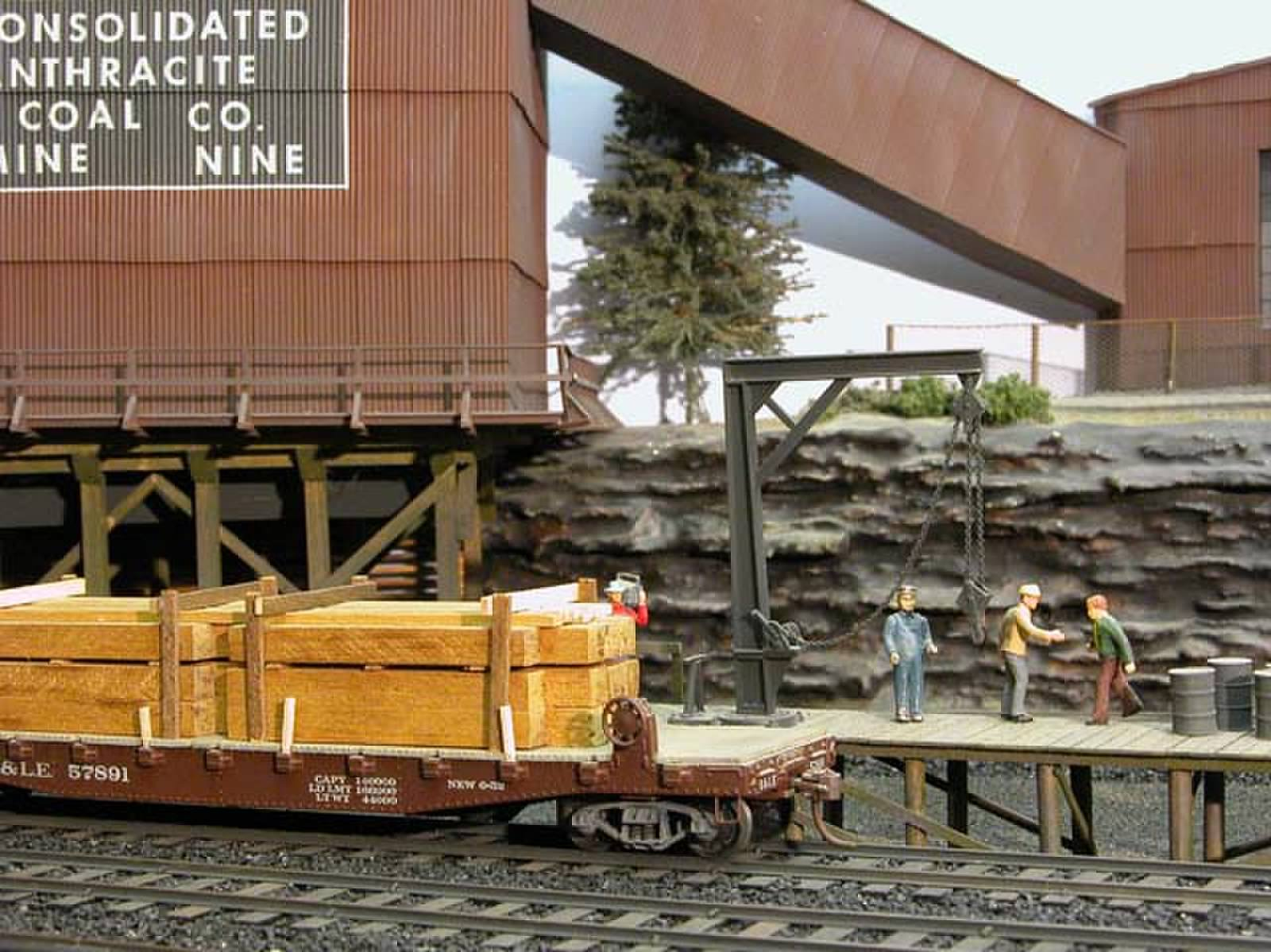 Mine timbers to off load.jpg
