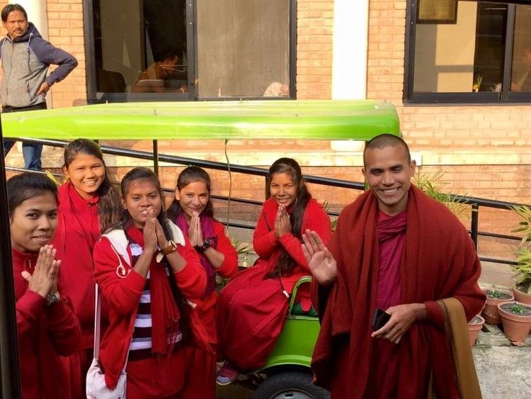 Venerable Metteyya and the nuns of Karuna School