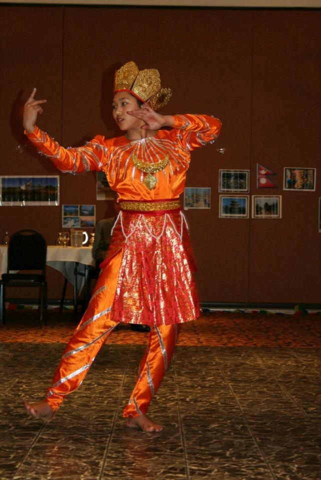 Edmonton dancer 2012.JPG