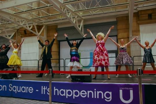 Phoenix Theatre's Hairspray dancers open Aberdeen's Union Square