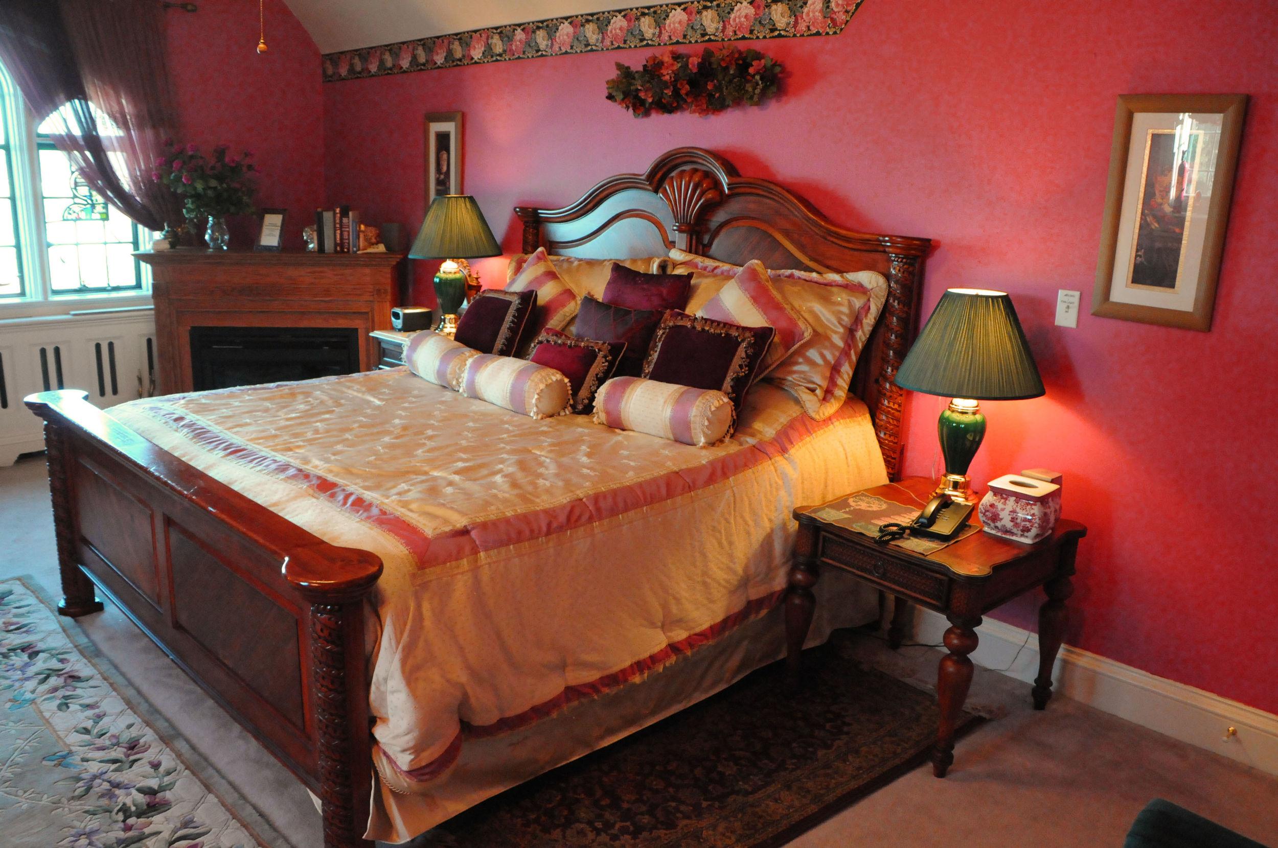 ROSE RED BED.jpg