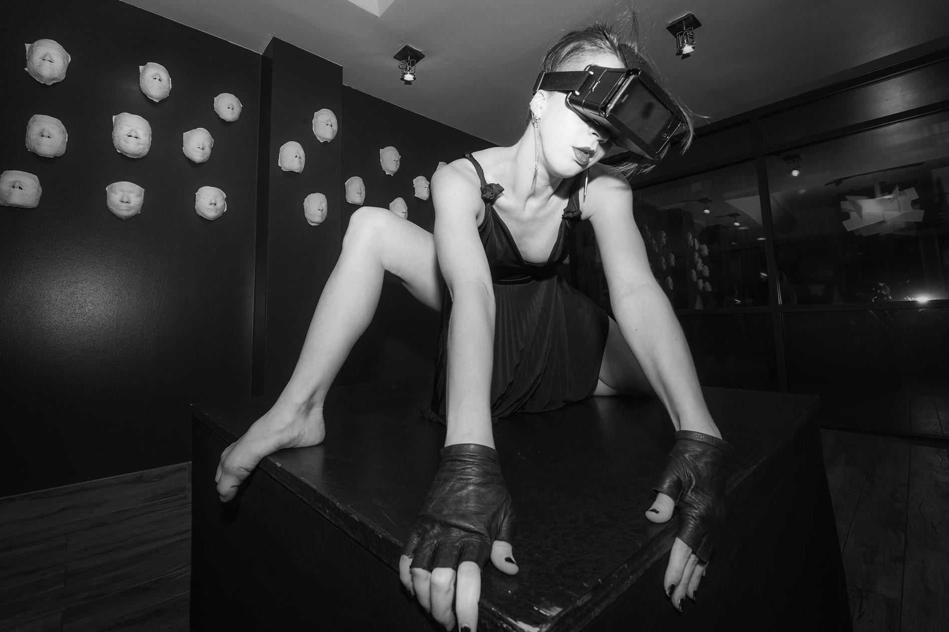 ARTELPHX4CONDERdance1_BrianKlein.jpg