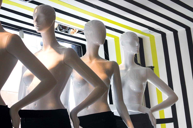 Cofrad Mannequin Showroom — Stéphanie Johansson