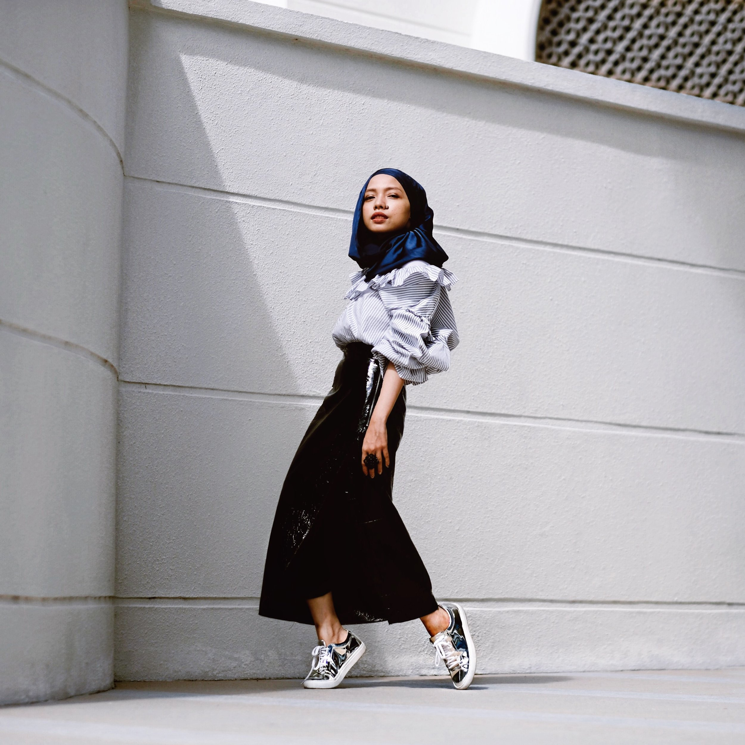 Girls day out - Pair your leather skirt with a fun top (cute pattern, ruffles or slogan tees etc) for an enjoyable day out. Ps: I am in the market for a ruffle leather skirt