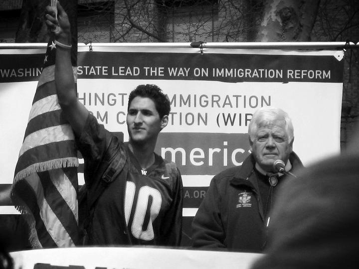 alonso chehade with congressman jim mcdermott.jpg