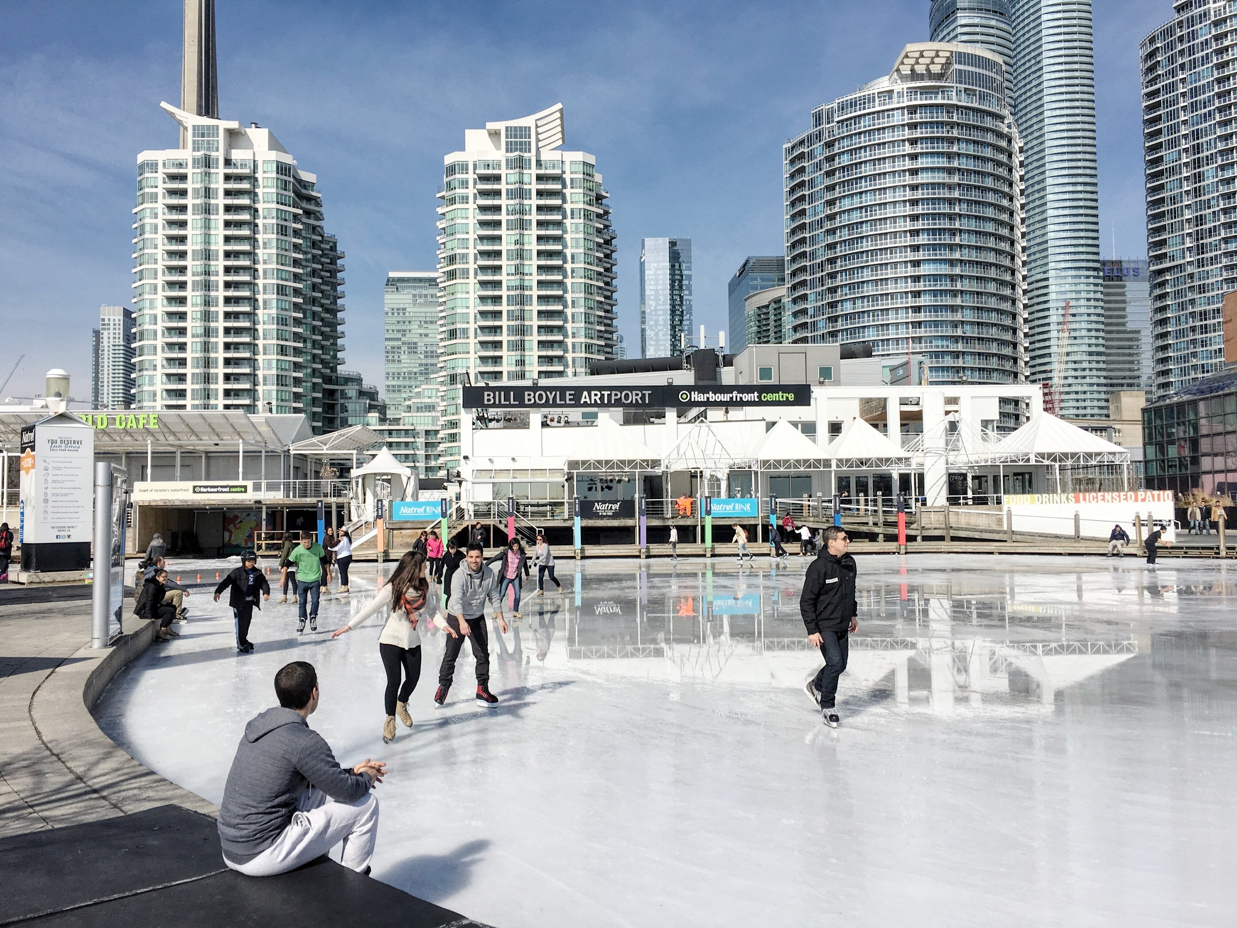 Harbour front rink