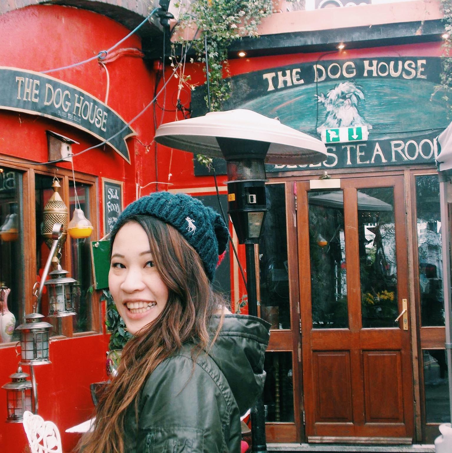 The dog tea house...I see no dogs lol