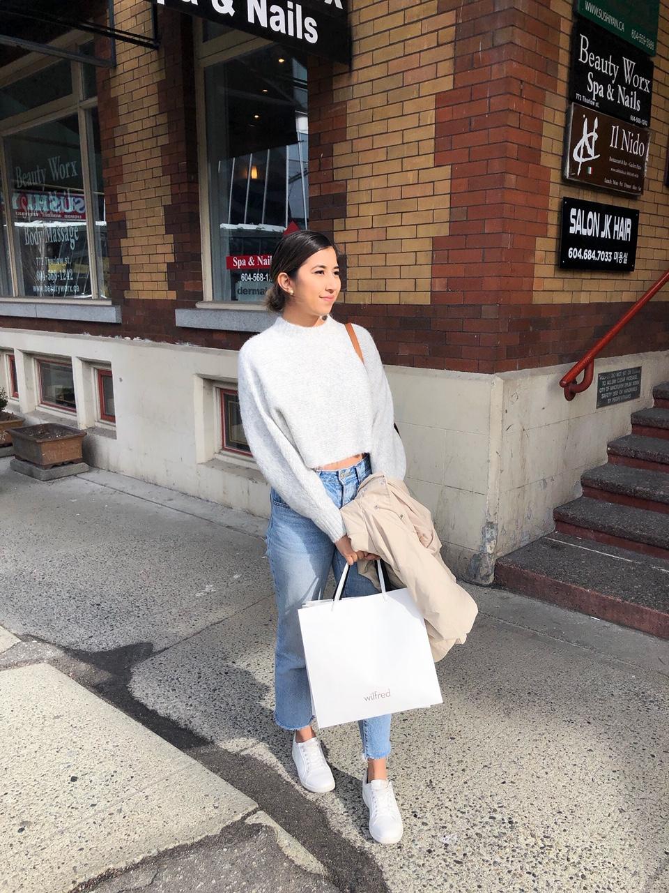 aritzia sweater style