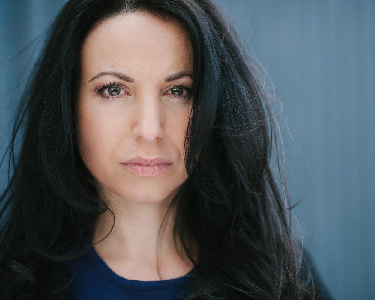 Carolyn Rey as Alethea
