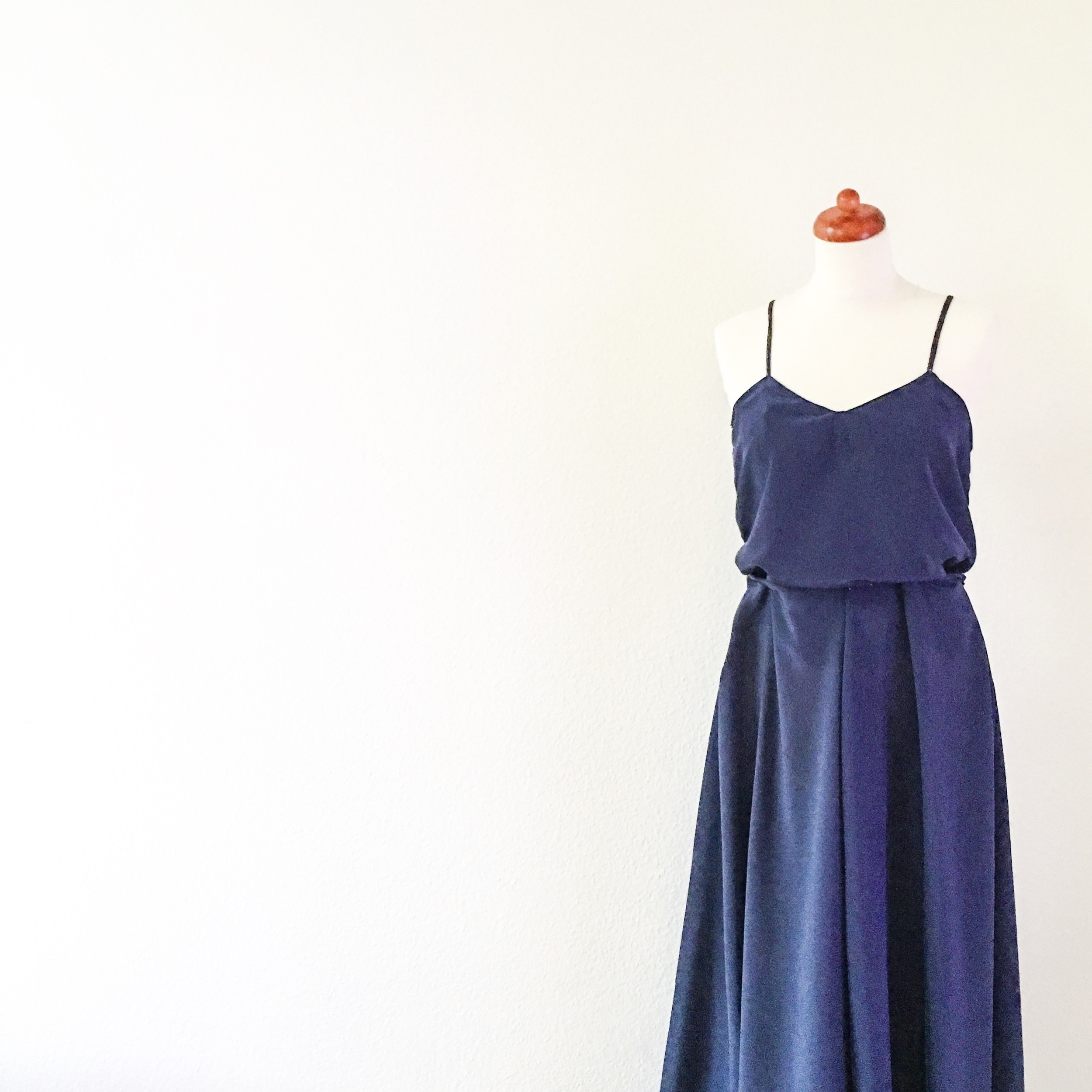 VOGUE VINTAGE DRESS - temporary stitched and ready for fitting