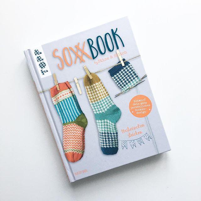 heute in der Post 😍 off to learning new things! #mademyday #sockenstricken #stineundstitch #stricken #knitting #knitstagram #knittersofinstagram
