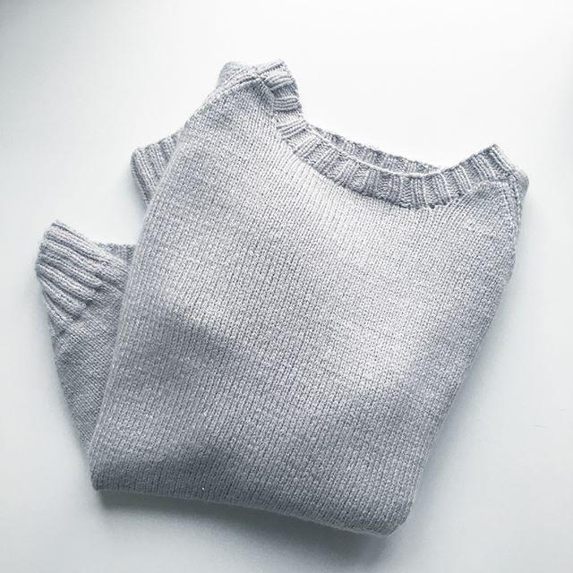 finished 😍 burgundysweater pattern by @kurokiknitting #knitting #testknitting