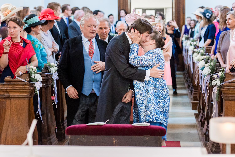 3_Kirche_Hochzeit_VeroRudi (7).jpg