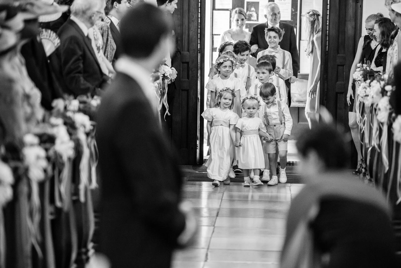 3_Kirche_Hochzeit_VeroRudi (11).jpg