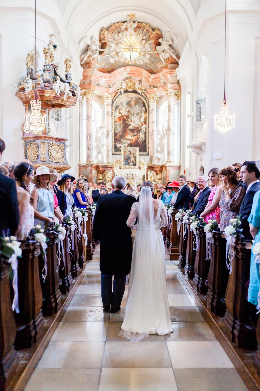 3_Kirche_Hochzeit_VeroRudi (13).jpg
