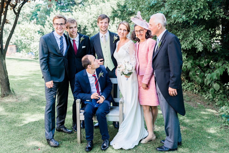 4_Gruppenfotos_Hochzeit_VeroRudi (3).jpg