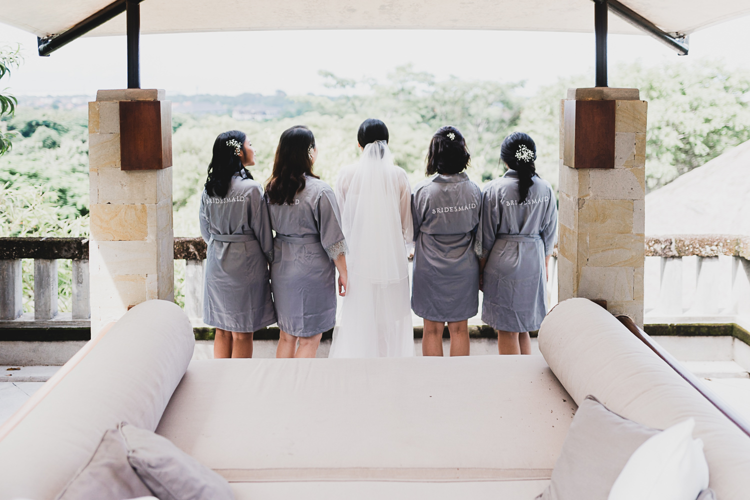 bridesmaids_bali_wedding