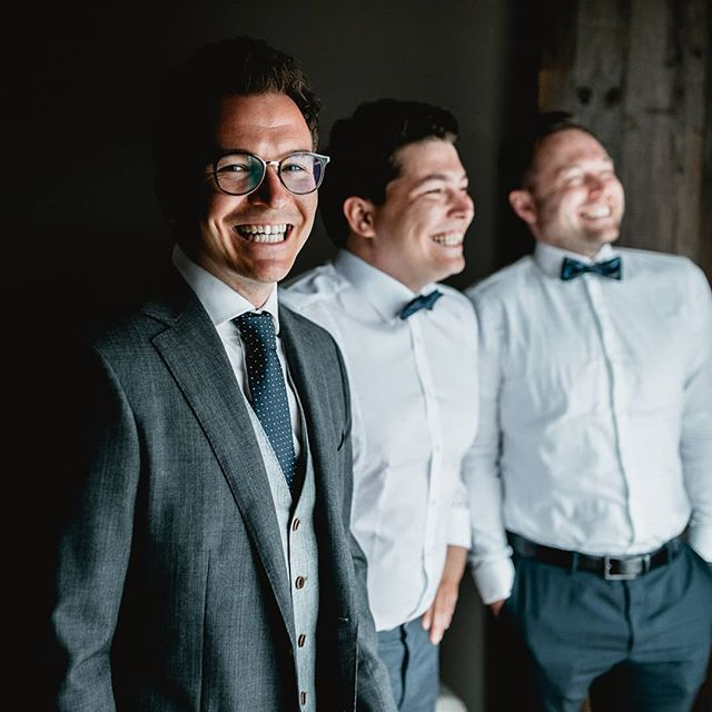 Had such a blast with the Boyz 😎 Nothing better you can hope for shooting a relaxed getting ready ♥️ #gettingready #gettingmarried #seefeld #hochzeit #sayyesinaustria #groomsman #sergioramos #weddingphotographeraustria #wedding #weddingphotography
