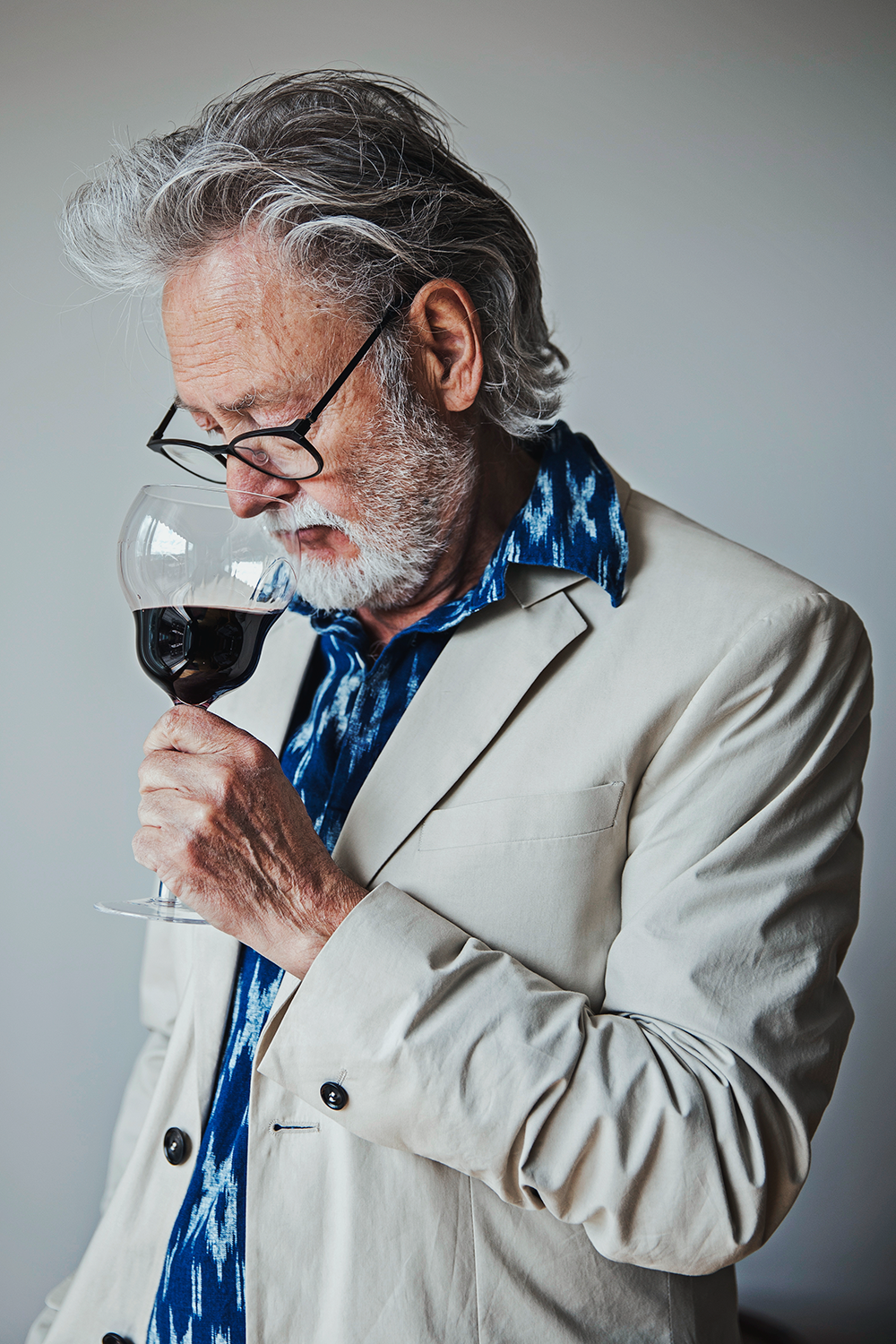 Bengt Frithiofsson  Wine writer