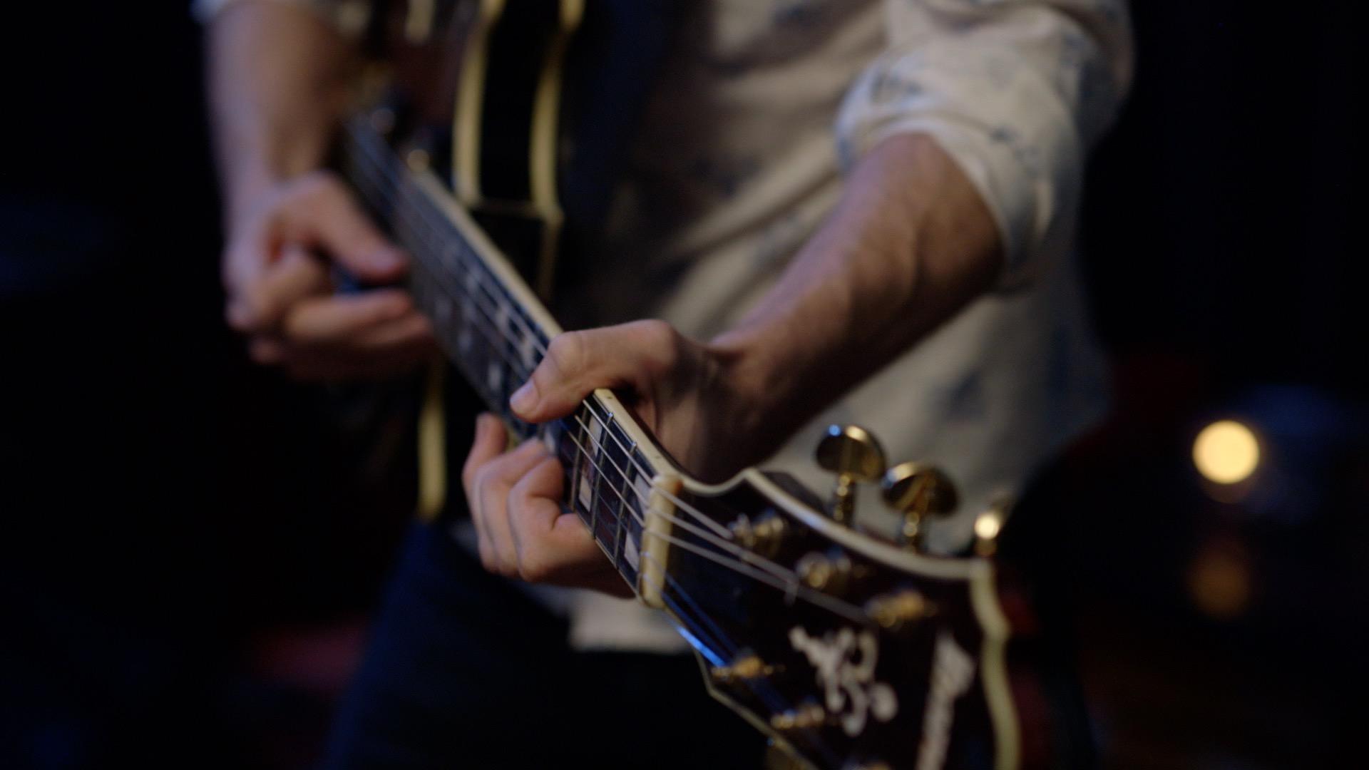 dox-video-production-austin-work-israel-nash-guitar.jpg