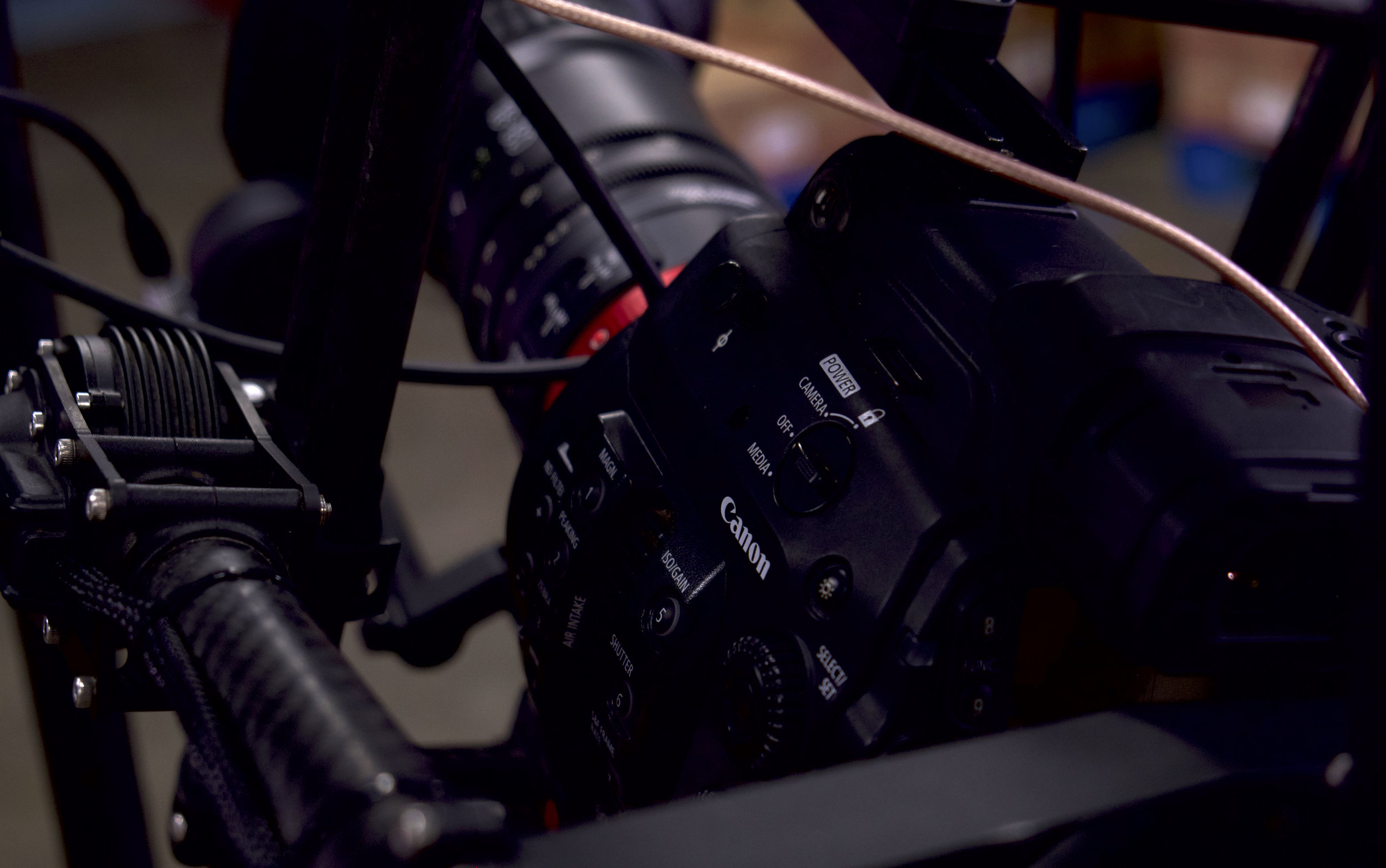 C300 Mark II attached to the MoVI gimbal